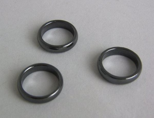 Picture of RING HEMATITE 17 MMS